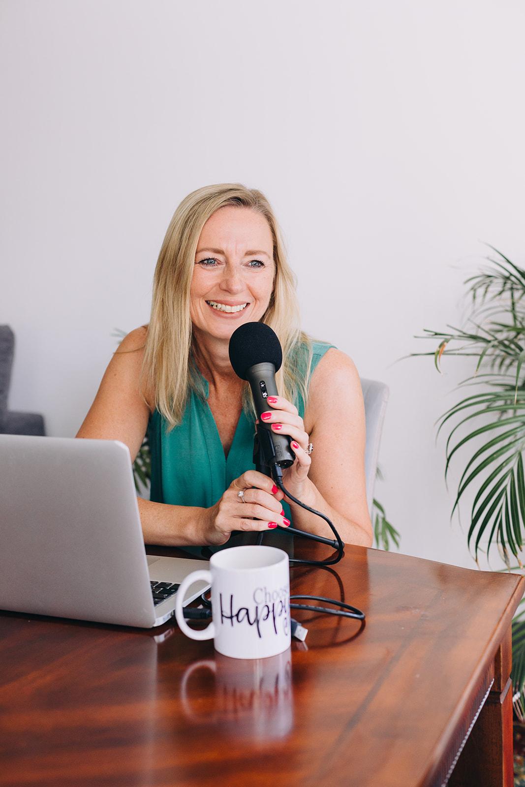 Julie Leonard Media